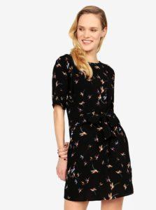 Čierne vzorované šaty so zaväzovaním v páse Jacqueline de Yong Run