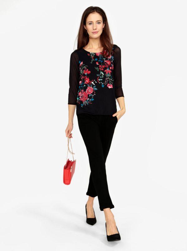 Čierne tričko s priesvitnými rukávmi a výšivkami M&Co