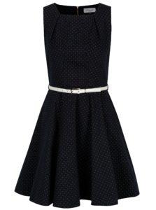 Tmavomodré bodkované šaty s bielym opaskom Closet