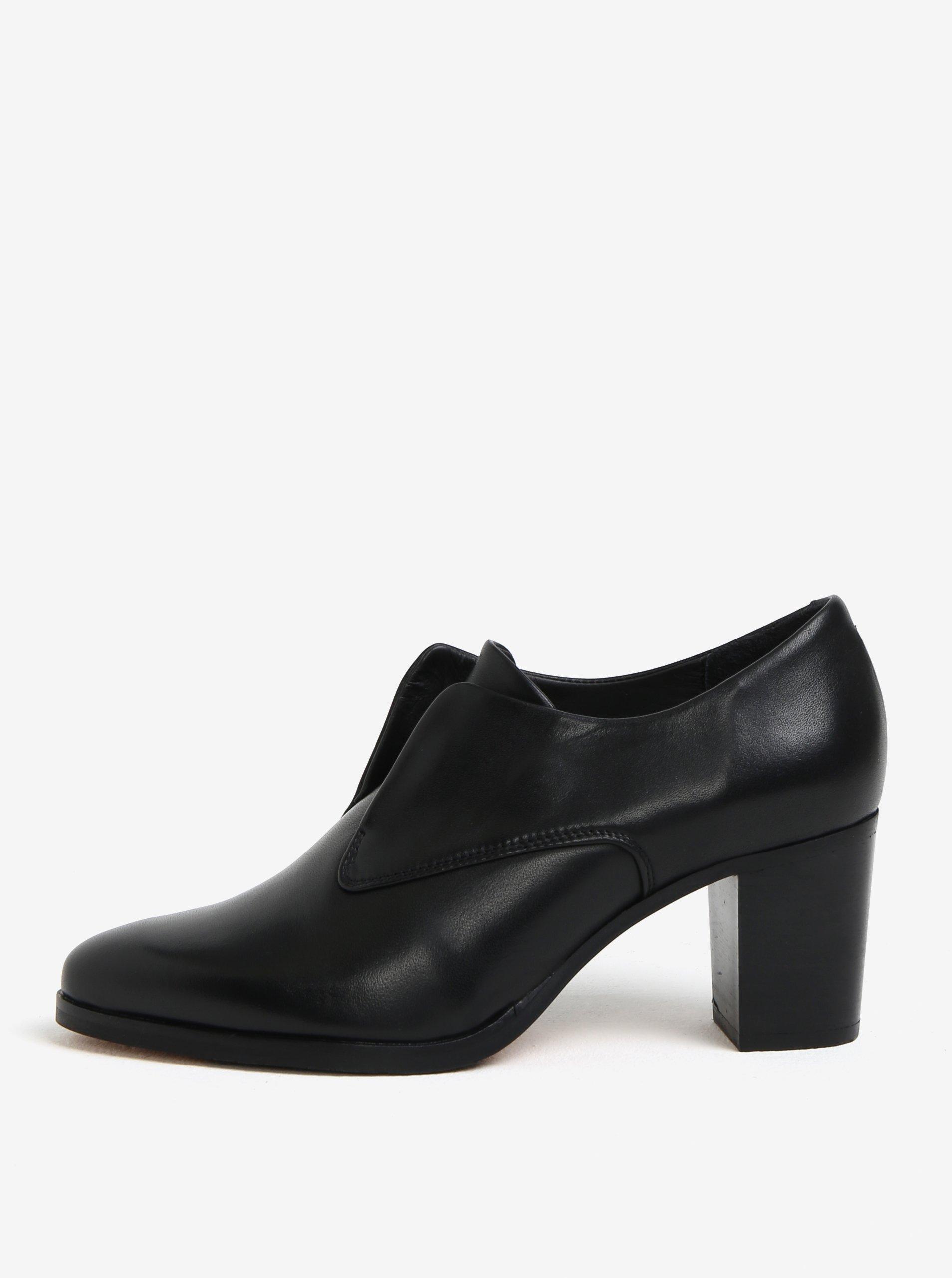 395e6e39ce Čierne dámske kožené poltopánky na podpätku Royal RepubliQ