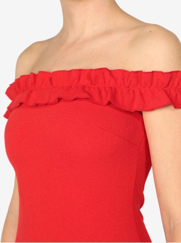 8e01854304f1 Červené puzdrové šaty s odhalenými ramenami AX Paris