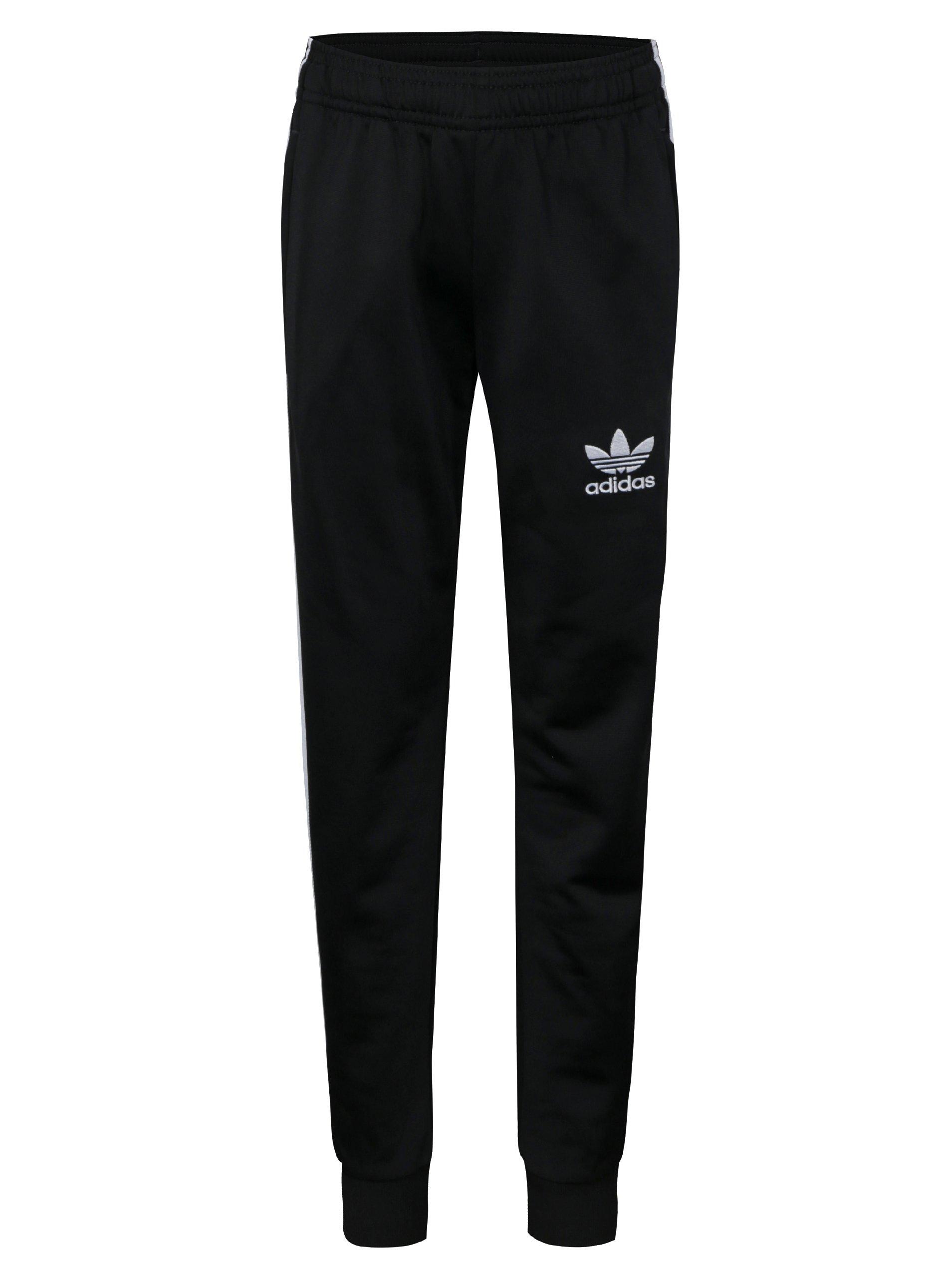 Čierne chlapčenské tepláky s bielymi pruhmi adidas Originals  217298e82d3