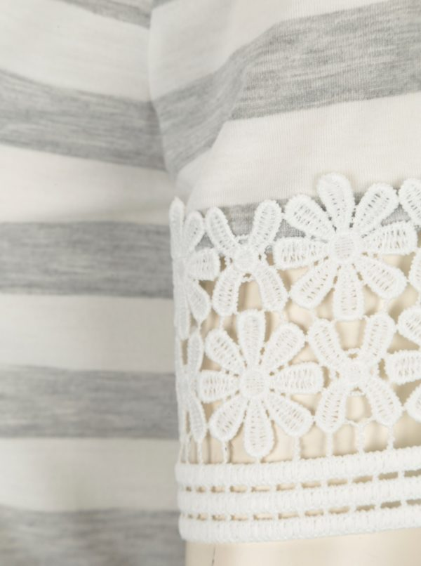 Sivo–biele pruhované tričko s čipkou Dorothy Perkins
