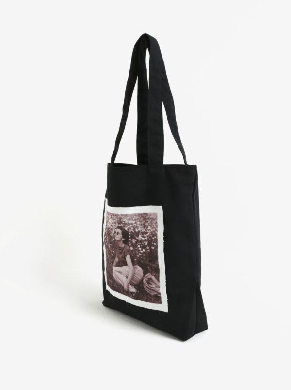 Čierna plátenná taška s nášivkou retro pani La femme MiMi Teta Věra no.1