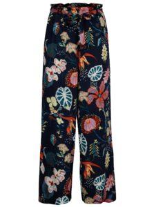 Tmavomodré voľné kvetované nohavice VILA Esto