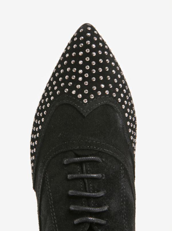 Čierne dámske semišové poltopánky s plastickými detailmi OJJU