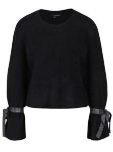 Čierny sveter s trblietavými pásikmi na rukávoch TALLY WEiJL