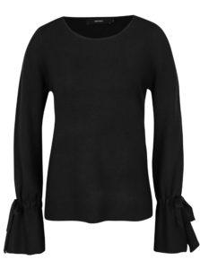 Čierny sveter so zvonovými rukávmi VERO MODA Montauge