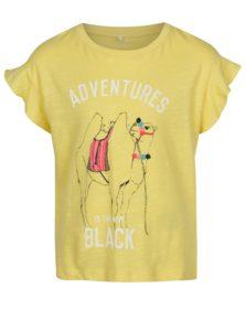 3b6d9b5d1 Žlté dievčenské tričko s potlačou ťavy name it Katly