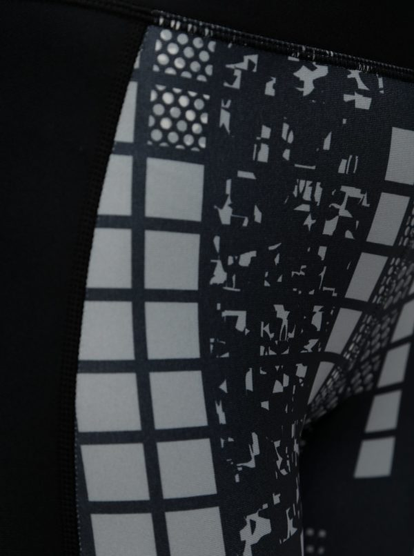0f2fbf4e9412 Čierne vzorované dámske 3 4 športové legíny Under Armour