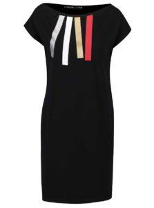 Čierne šaty s lodičkovým výstrihom a farebnými pruhmi Mikela da Luka