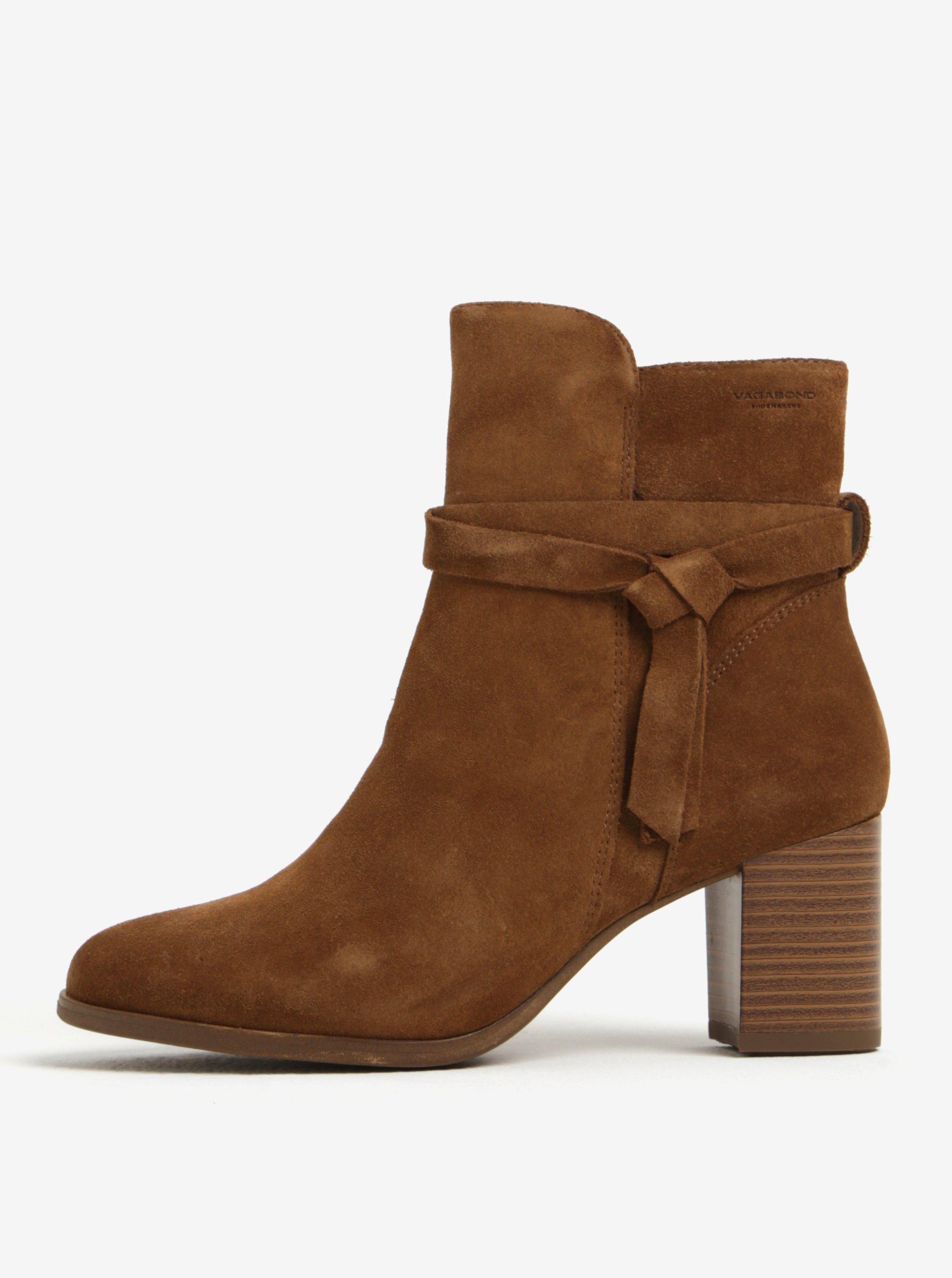 05657b0a07 Hnedé dámske semišové členkové topánky na podpätku Vagabond Lottie ...