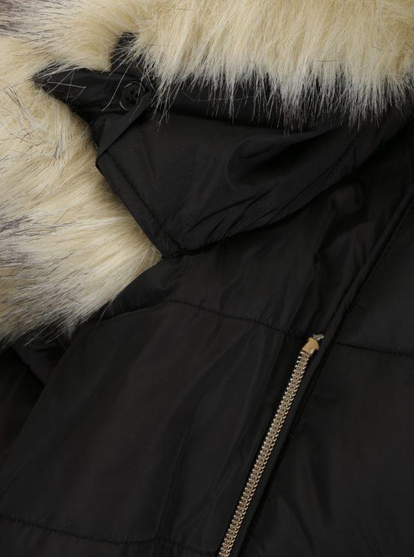 Čierna dámska prešívaná bunda s umelou kožušinou Geox