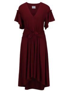 Vínové šaty s riasením a mašľou Jana Minaříková