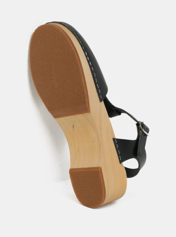 Dreváky na podpätku s čiernymi koženými remienkami Swedish Hasbeens T-Strap Debutant