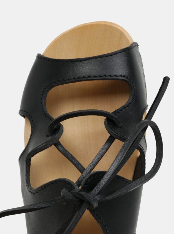 Dreváky na platforme s čiernymi koženými remienkami Swedish Hasbeens Lace Up Sandal