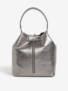 2fc61ac030f9 Metalická vaková kabelka batoh 2v1 v striebornej farbe Nalí