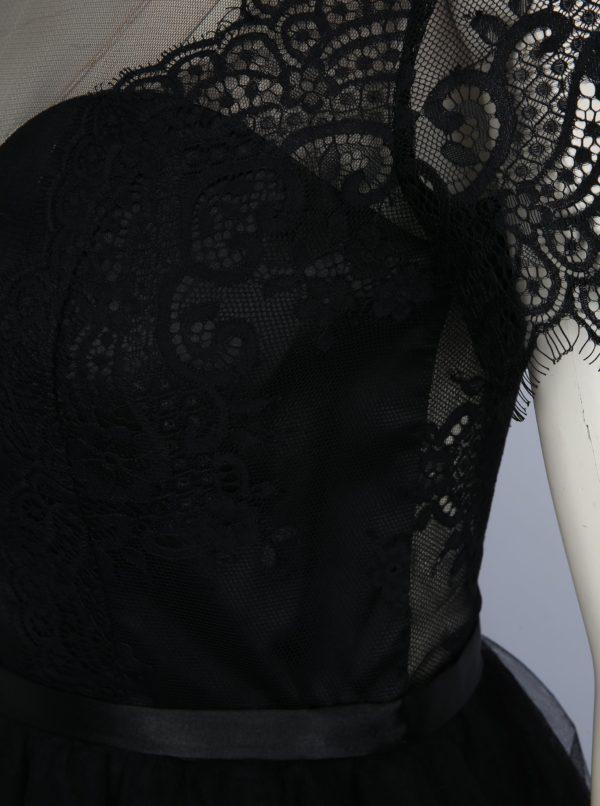 c35c6b2efd7e Čierne čipkované šaty Chi Chi London Siman