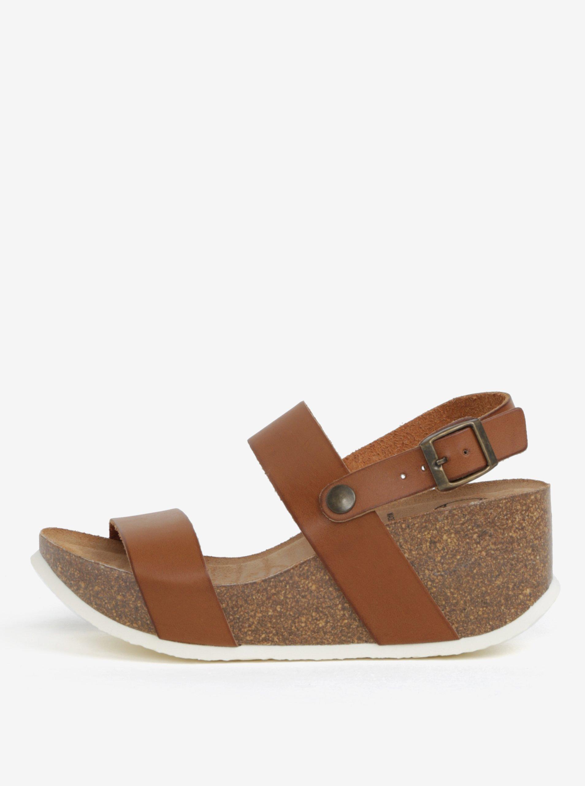 39b4bacbb79de Hnedé sandále na platforme OJJU   Moda.sk