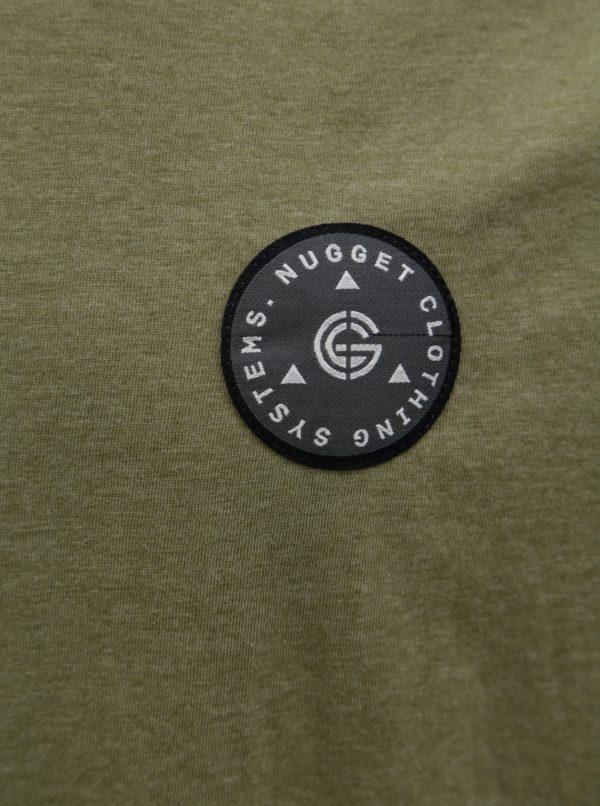 Vínovo-khaki pánske tričko s nášivkou NUGGET Complex