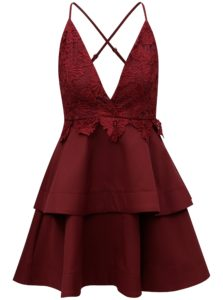 Vínové šaty na ramienka s čipkou MISSGUIDED