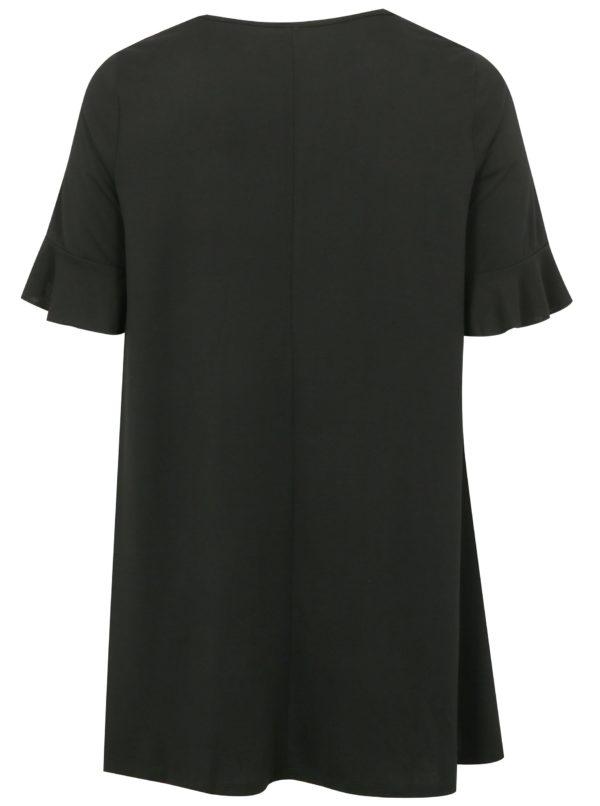 Čierne šaty s volánmi na rukávoch simply be.