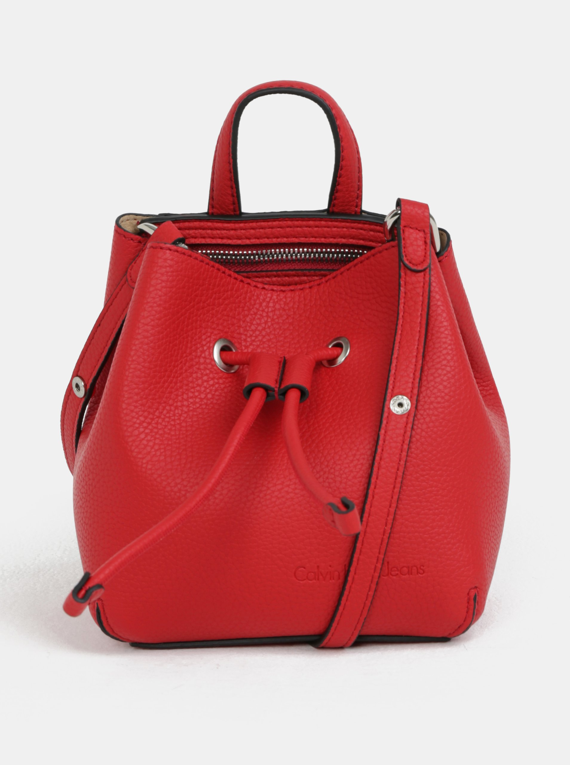 5390dd395 Červená malá koženková vaková kabelka Calvin Klein Jeans | Moda.sk