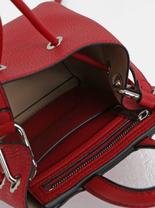 Červená malá koženková vaková kabelka Calvin Klein Jeans