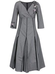 Sivé vlnené šaty s prekladaným dekoltom a nášivkou Lena Criveanu