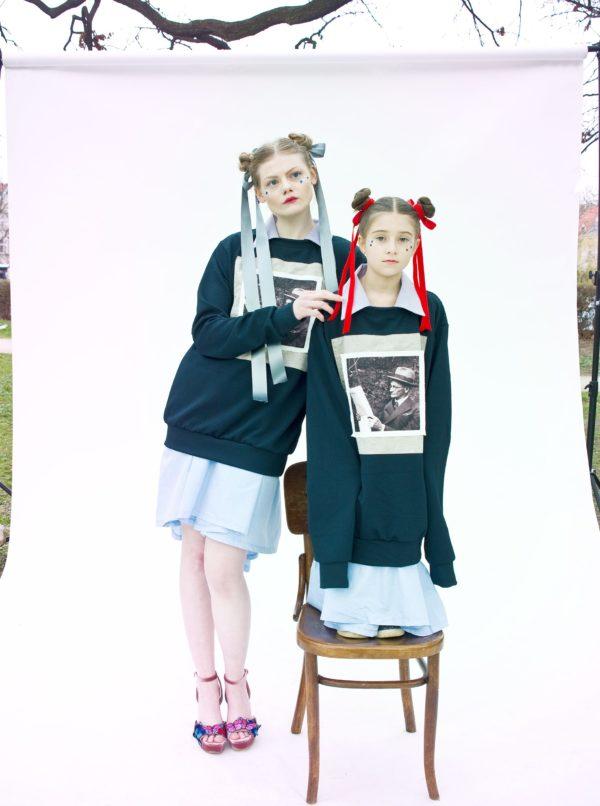 Čierna unisex mikina s nášivkou La femme MiMa Děda
