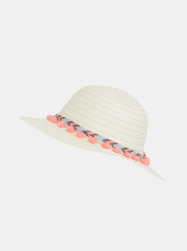 Krémový dievčenský klobúk 5.10.15.