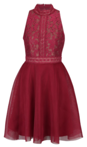 Červené krátke šaty áčkového strihu