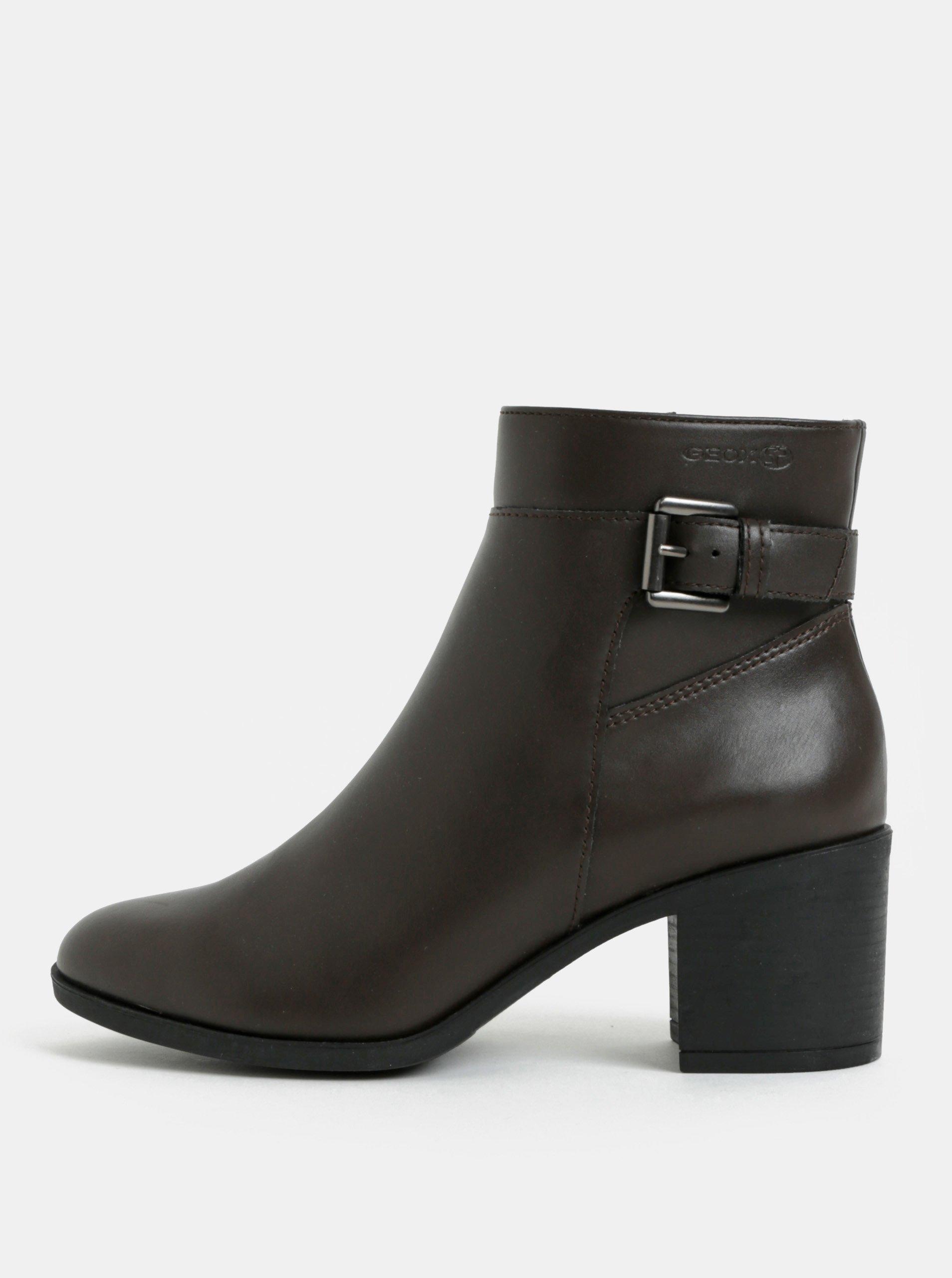 f82fb01efe1c Tmavohnedé dámske členkové topánky na vysokom podpätku Geox