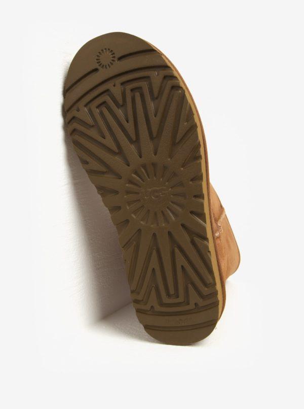Hnedé zimné semišové vodovzdorné čižmy UGG Classic Short II