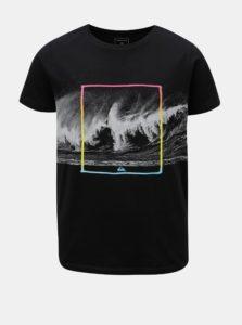 Sivo-čierne chlapčenské regular fit tričko s potlačou Quiksilver
