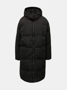 Čierny páperový prešívaný kabát Moss Copenhagen Dafine