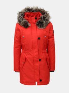 Červená zimná parka s kapucňou ONLY
