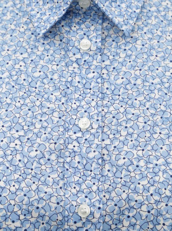 d4368b68c81b Svetlomodrá dámska kvetovaná košeľa GANT