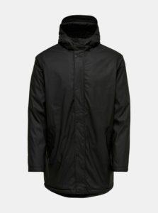 Čierna nepremokavá bunda s kapucňou ONLY & SONS