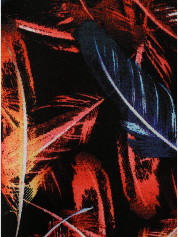 cf86db9207a4 Červeno–čierne vzorované šaty s prestrihmi v dekolte a motívom pierok La  Lemon
