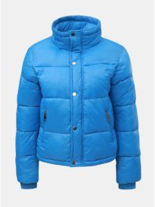 Modrá prešívaná nadýchaná krátka zimná bunda TALLY WEiJL
