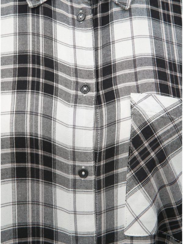 ea2c472bd681 Čierno–biela dlhá károvaná košeľa ONLY