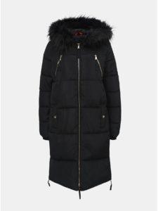 9ef5c73cf Čierny prešívaný kabát s odnímateľnou kožušinkou na kapucni TALLY WEiJL