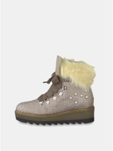 b7262f40ccc1 Béžové zimné topánky v semišovej úprave na platforme s ozdobnými kamienkami  Tamaris