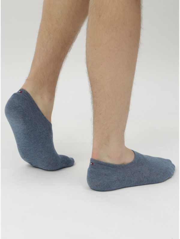 Balenie dvoch párov pánskych nízkych ponožiek v modrej farbe Tommy Hilfiger