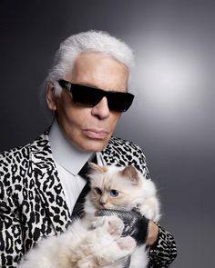 Svet módy prišiel o nenahraditeľnú haute-couture ikonu Karla Lagerfelda