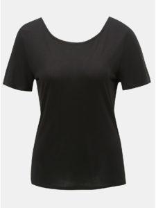 Čierne tričko s čipkovanými detailmi ONLY Flovely