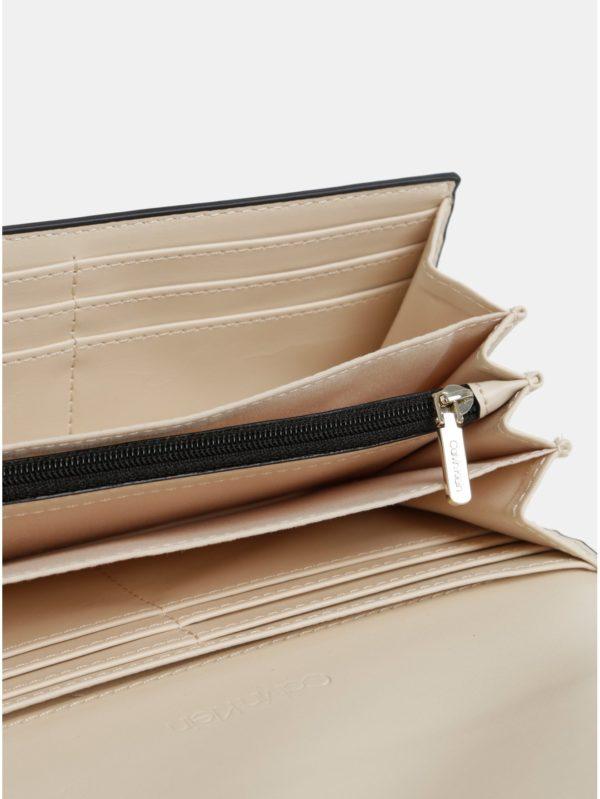 b1c012636364 Čierna dámska peňaženka Calvin Klein Jeans