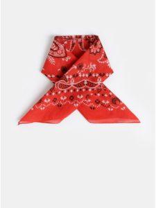 Červená vzorovaná šatka Pieces Brandy