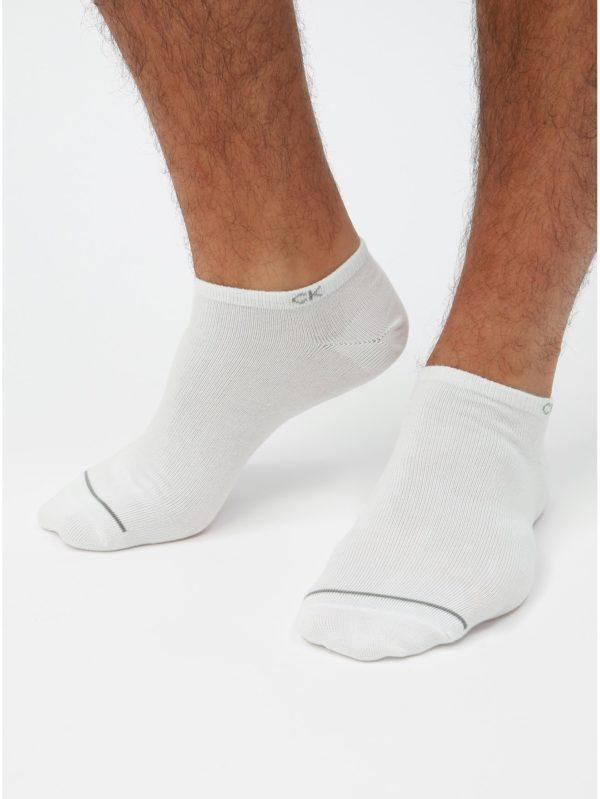 Balenie troch párov bielych pánskych ponožiek Calvin Klein Jeans